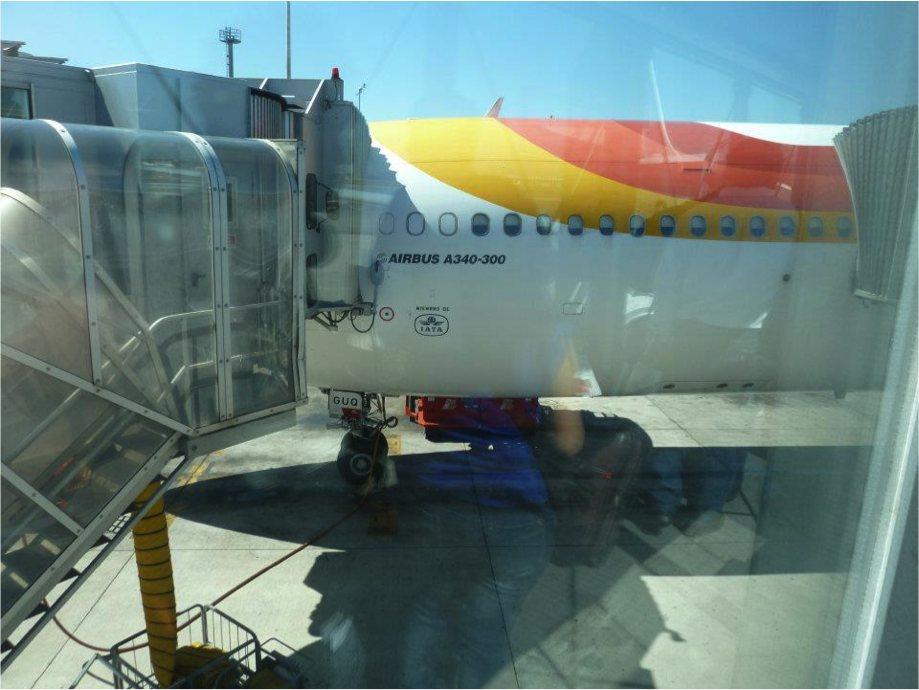 Finger de un avión de Iberia